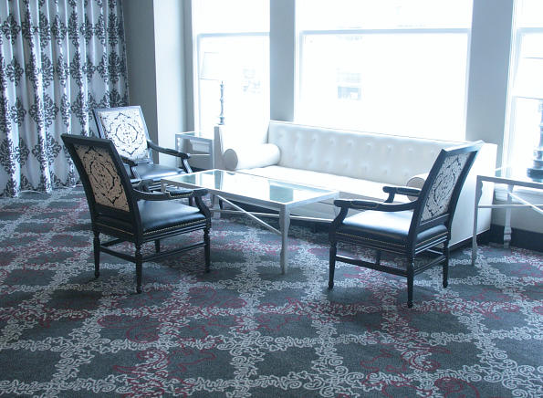 Floor design with carpeting